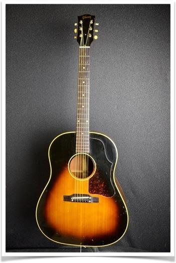 Gibson(ギブソン)1956年製、J-45 画像