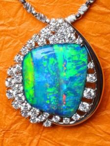 Black Opal Pendant TR0002