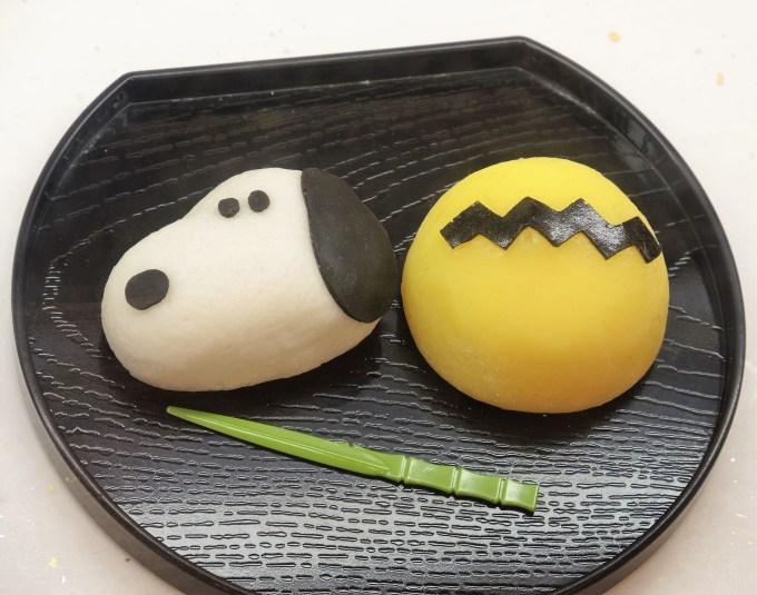 スヌーピーの和菓子