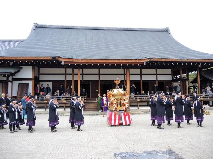 京都・熊野神社・神幸祭・熊野少年勤王隊 聖護院にて