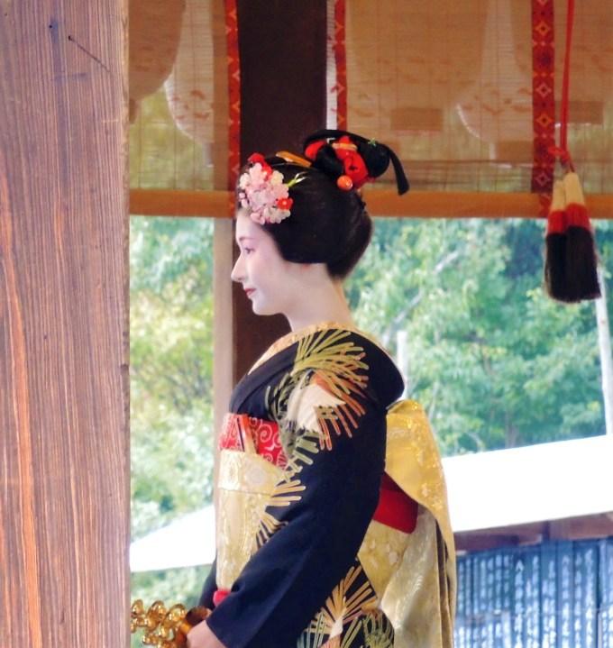 京都・八坂神社「節分」舞妓
