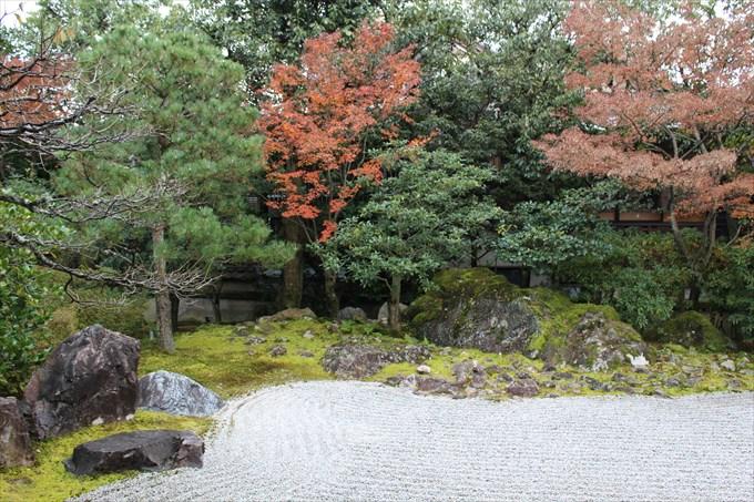 20方丈の南庭3