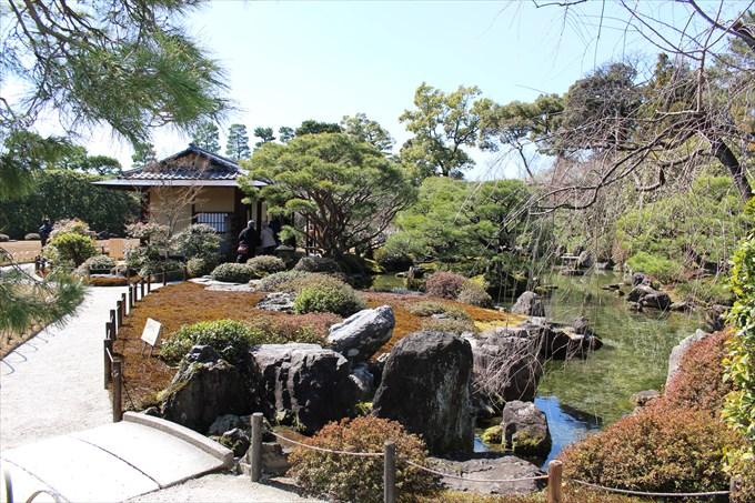 67_7室町の庭
