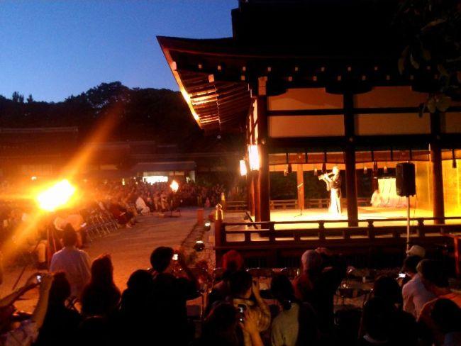 名月管絃祭