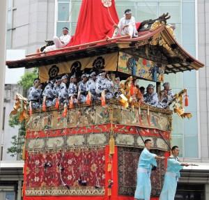 京都・祇園祭・山鉾巡行・鶏鉾