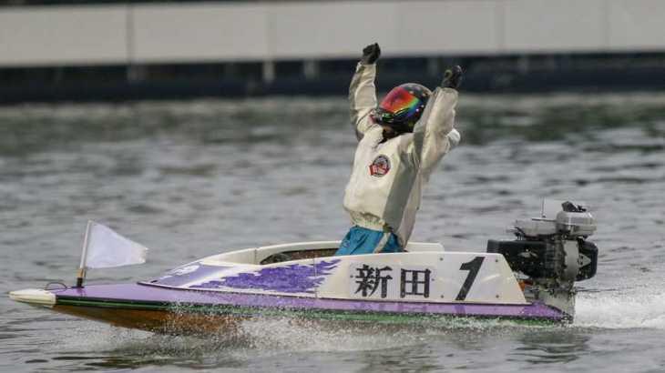 【競艇選手名鑑】父のすすめで賞金王を目指す新田雄史という男性競艇選手