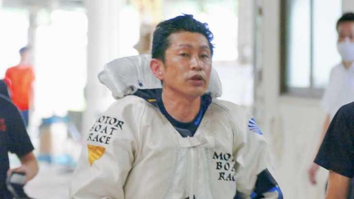 吉川元浩選手のTOP画像です。