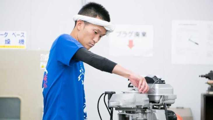 西山貴浩選手のTOP画像です。