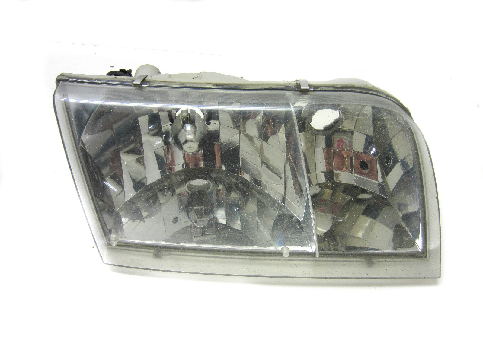 hight resolution of details about for 2001 2005 ford crown victoria right passenger headlight oem