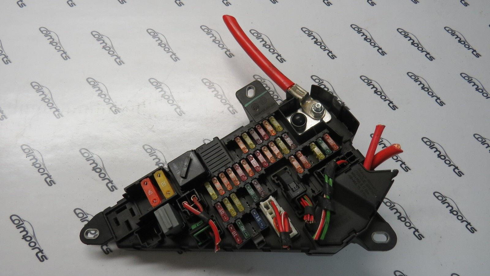 hight resolution of 04 10 bmw e63 645ci 650i m6 fuse power distribution box cover oem