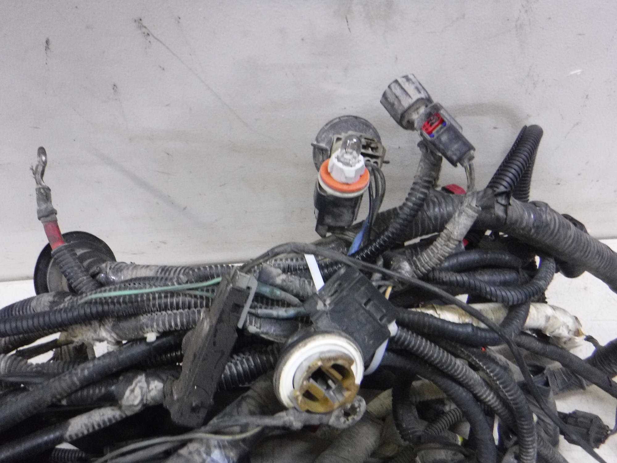 hight resolution of details about 2005 2007 ford f350 6 0 diesel auto 4x4 engine compartment wiring harness oem