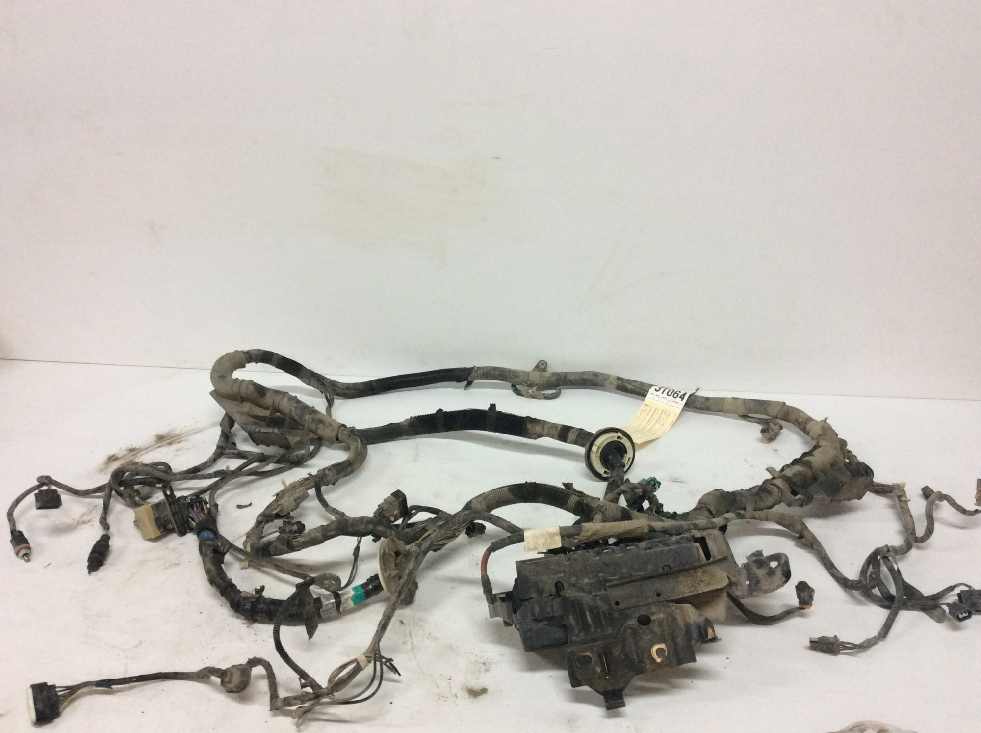 hight resolution of parting out lots of 1999 2010 ford f350 s feel free to send me a message regarding this listing or any other parts inquiries