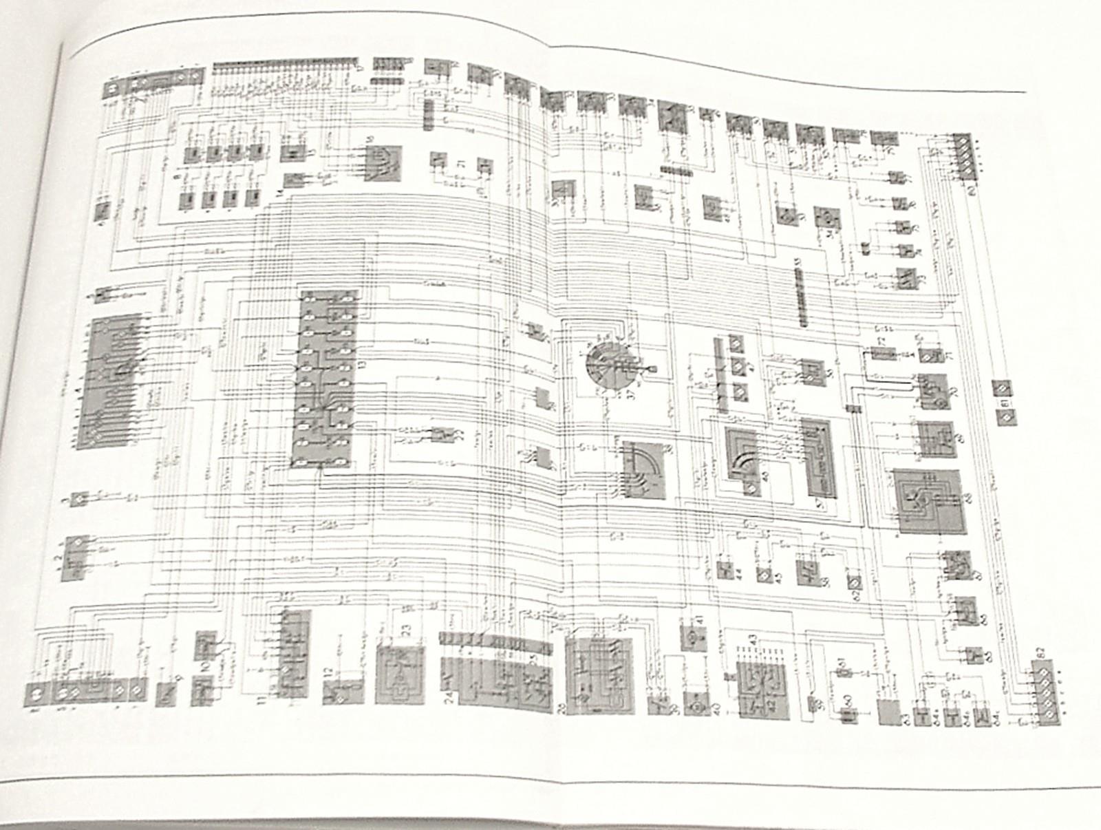 1972-89 107 SL SLC Mercedes Body & Chassis Repair Manual