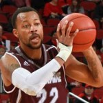 Lewis uses second half surge to pull off 65-61 upset of No. 3 Bellarmine MBB