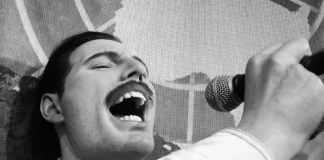 Freddie Mercury singer Queen