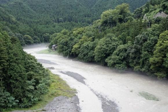 奥多摩 多摩川 川井付近