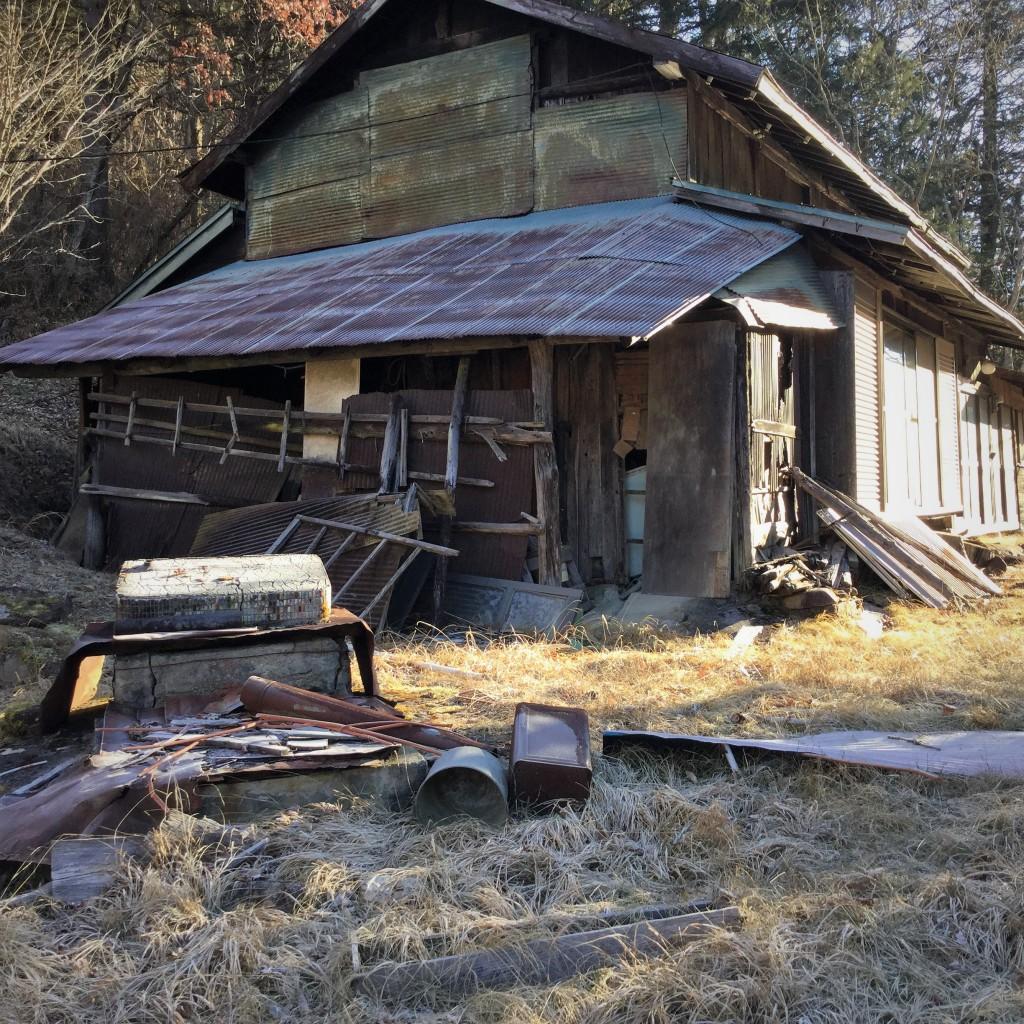 怖いもの見たさの廃墟写真ブログ 山梨県甲州市塩山 Part1