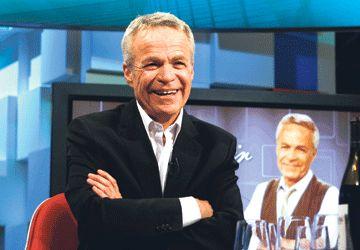 L'animateur Pierre Granger, jeudi soir de la fête marquant son départ de l'émission d'affaires publiques Panorama à TFO.