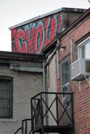 5 graffiti CHOU on the street blog passions100facons.jpeg