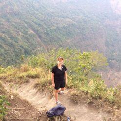 Lucie dans le Parc national du volcan de San Salvador.JPG