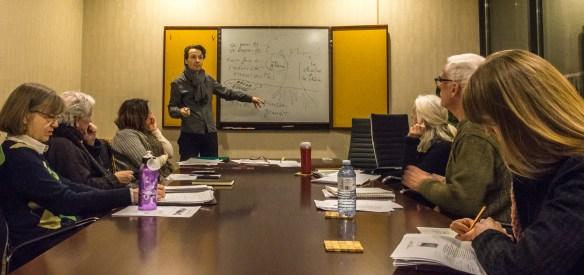Dominique Denis avec quelques-uns de ses étudiants de FLS.