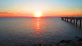 Coucher de soleil capté depuis le restaurant situé sur île artificielle au milieu du pont-tunnel de la baie du Chesapeake. (Photo: Benoit Legault)