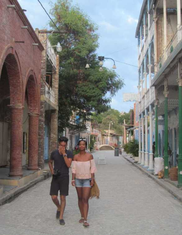 Rue du Commerce à Jacmel.