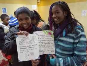 Une lettre des élèves de Gabrielle-Roy solidaires des musulmans. (Photo: Émeline Bertel)