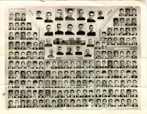 Séminaire de Mazenod: les 156 élèves et le corps professoral de 1965-1966.