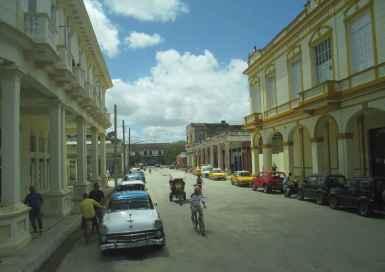 Le centre-ville de Morón.
