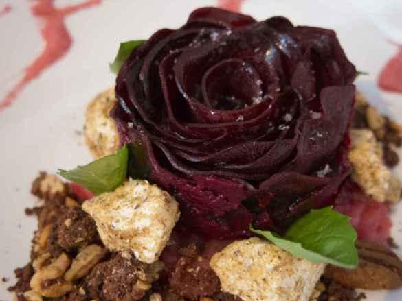 Rose de betterave remarquablement réussie chez L'Aubergiste.