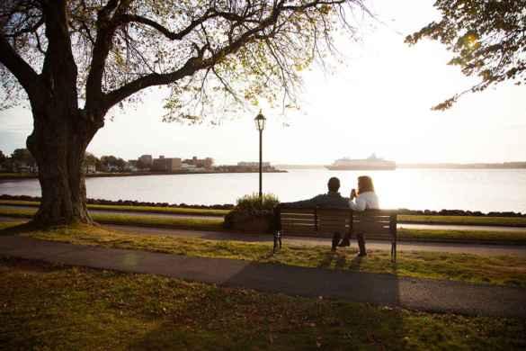 Adrien Buote aime Charlottetown, en particulier son parc Victoria. (Photo: Tourisme Île-du-Prince-Édouard)