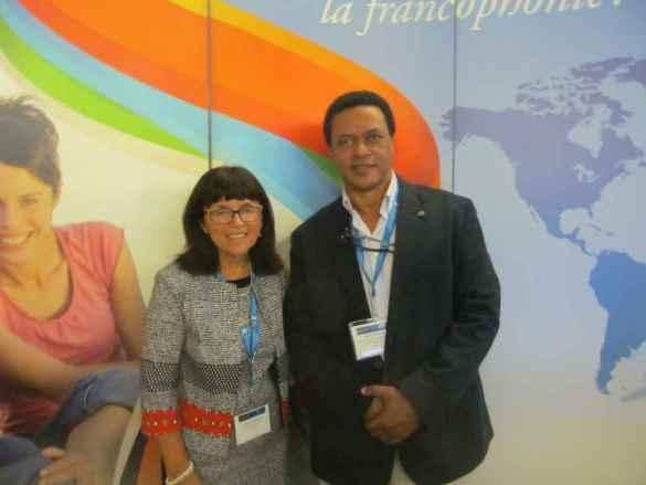 Sonia Vaillancourt, vice-présidente de l'Organisation internationale du tourisme social et Rudolf Dérose.