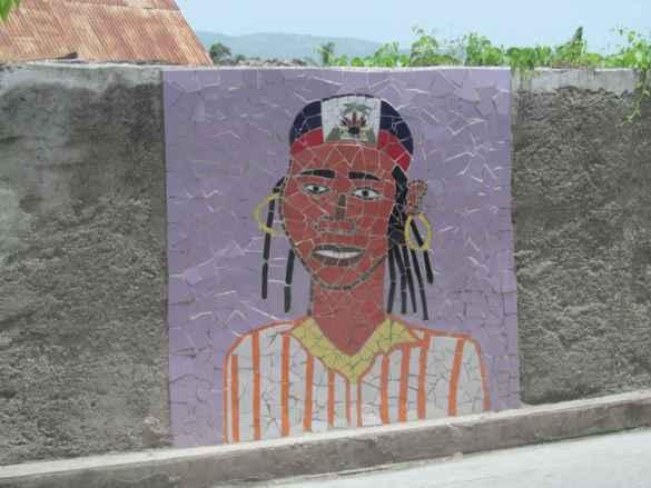 Portrait en céramique réalisé par des jeunes artisans de Jacmel.