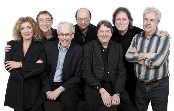 Beau Dommage: Marie-Michèle Desrosiers, Michel Hinton, Robert Léger, Michel Rivard, Réal Desrosiers, Pierre Bertrand, Pierre Huet.