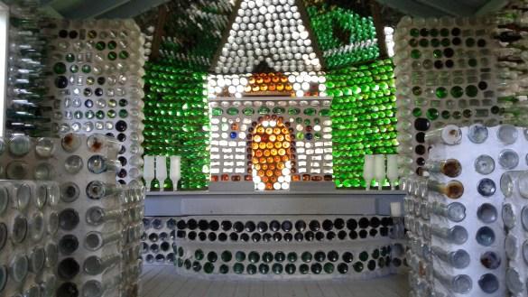 L'intérieur de la chapelle d'Édouard Arsenault. (Photo: Sandra Dorélas)