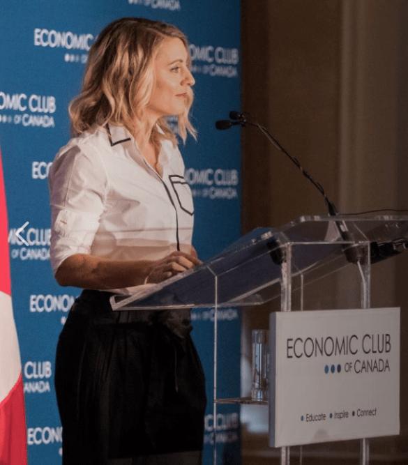 La ministre du Patrimoine canadien Mélanie Joly.