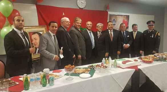 Les invités d'honneur de l'AMDT à la fête de l'indépendance du Maroc et de la Marche verte. 2e à partir de la gauche: le président de l'AMDT Faouzi Metouilli.