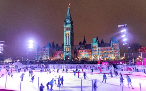 La patinoire de la Colline du Parlement. (Photo: Patrimoine canadien)