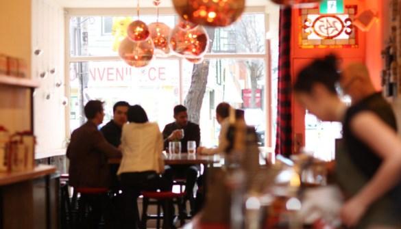 HotBlack Coffee au 245 rue Queen Ouest.