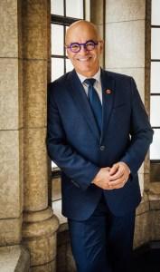 Le sénateur René Cormier, président du Comité sénatorial des langues officielles