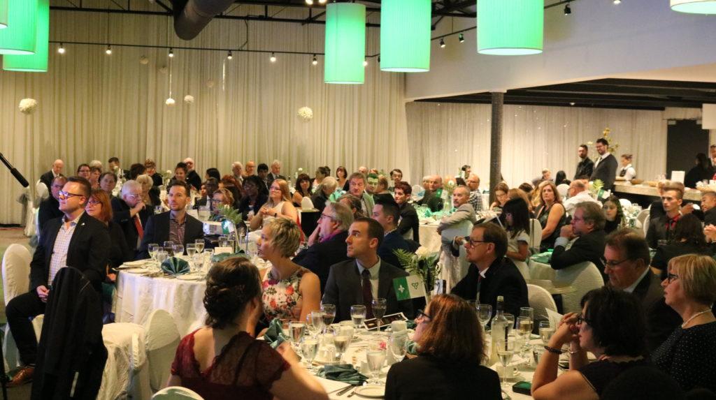 Gala et bal masqué de l'AFRY le 15 novembre - l-express.ca