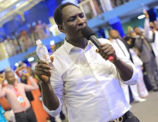 Chris Muabu, prophète, Jérémie Omoto Fufeyin, miracle,
