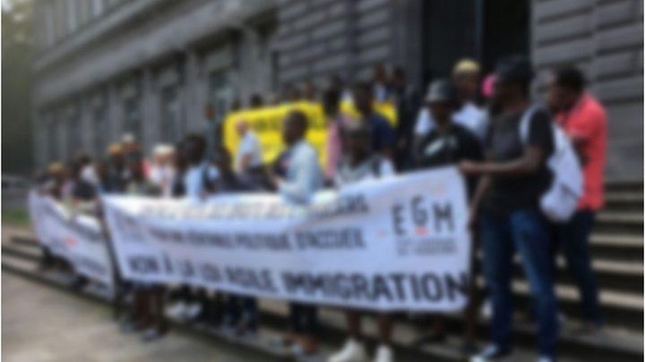 France grande mobilisation contre l'expulsion d'un Togolais