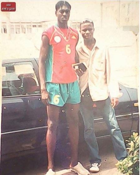 Togo : cette vieille photo d'Emmanuel Adebayor, à ses débuts, suscite l'admiration des internautes