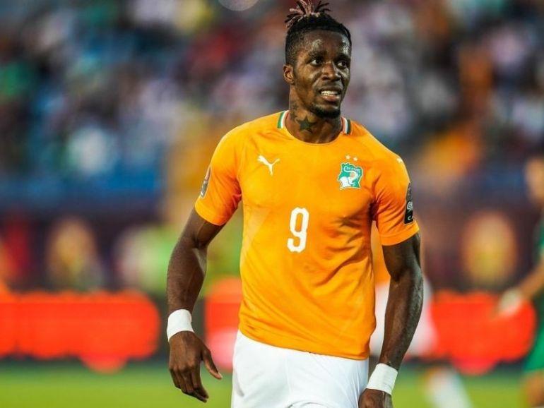 CAN 2021 Wilfried Zaha arpente les rues d'Abidjan après la qualification de la Côte d'Ivoire (Photo)