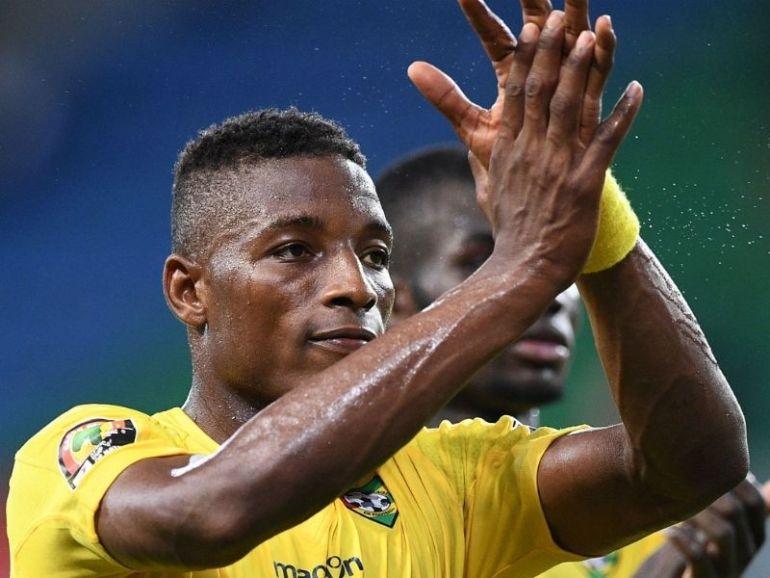 Togo Football Asamoah Gyan apporte son soutien à Fo-Doh Laba (vidéo) (3)