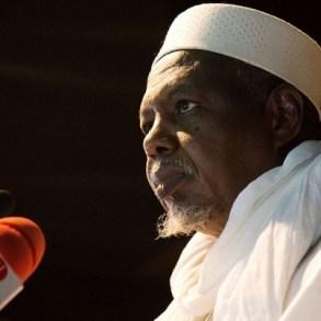 Mali : Le prédicateur Mahmoud Dicko tacle Emmanuel Macron
