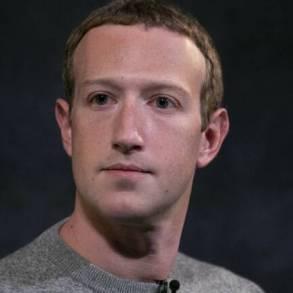 Un internaute s'attaque à Mark Zuckerberg : ''Ce n'est pas toi qui vas nous apprendre à parler aux gens''