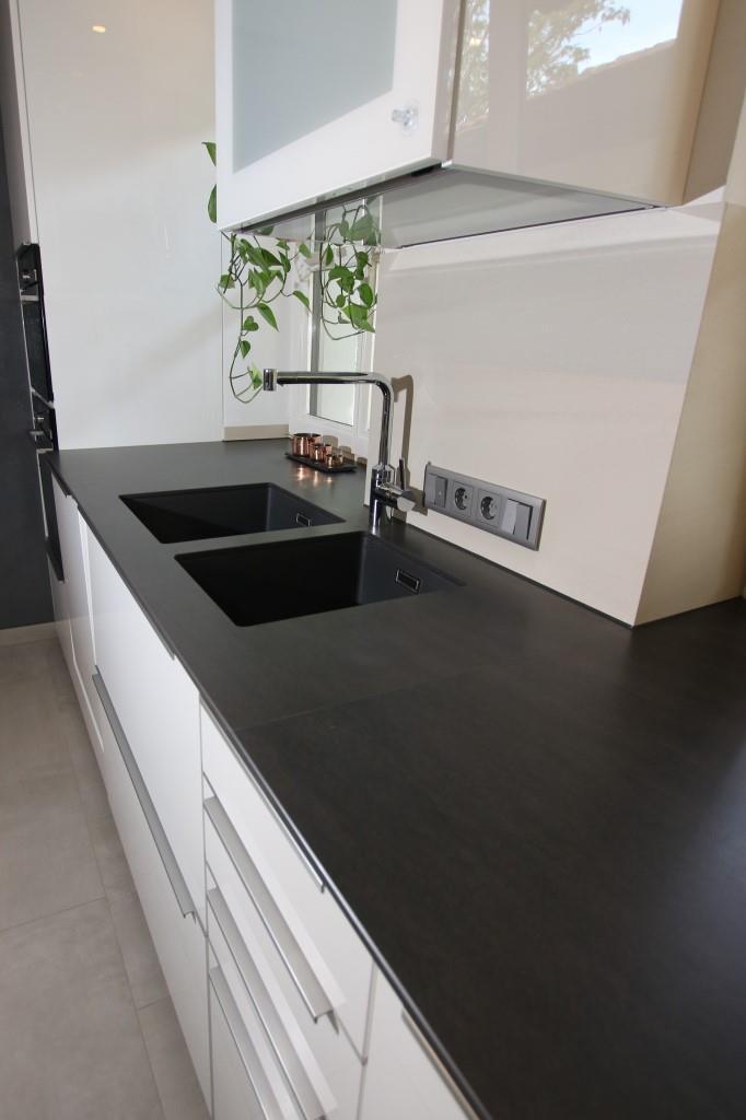 Granit Arbeitsplatte Grau Matt : granit, arbeitsplatte, Küchen, Arbeitsplatten, Material, Ludwig, Schneider